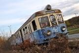 zdewastowany pociąg