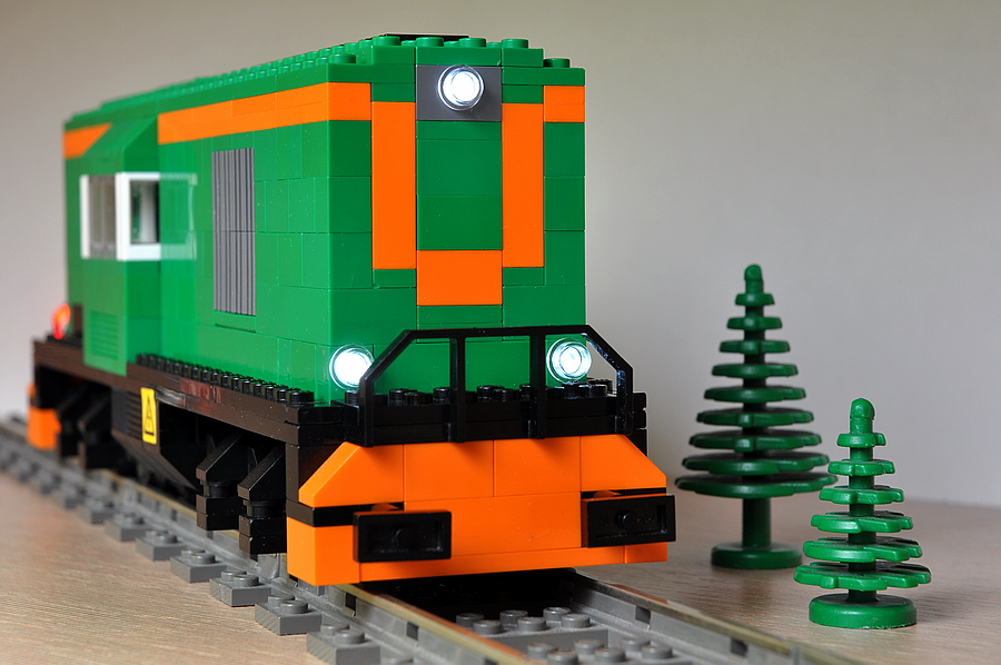 Lego lokomotywa sm31