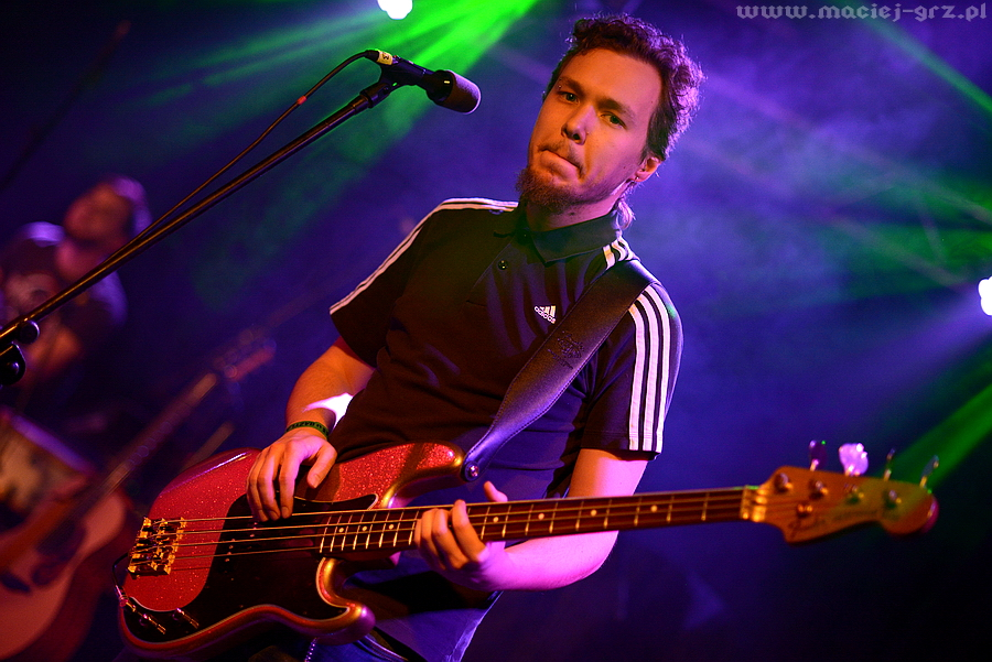 Jan Koźliński gitara basowa